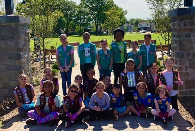 Planting Day Girl Scouts SH